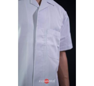 Short sleeves hidden buttons